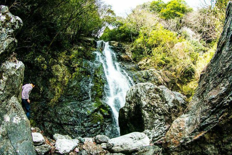 土佐山にある「山姥の滝」が気持ちよくて超癒される