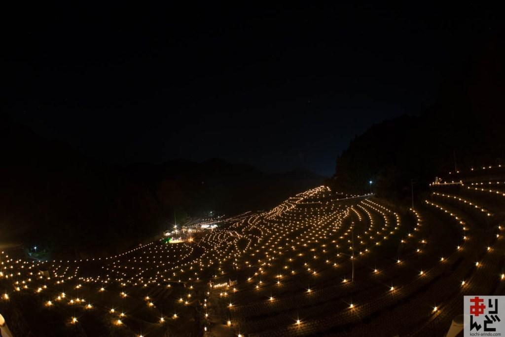【動画あり】津野町の棚田キャンドルまつりが幻想的すぎて、まるでおとぎの世界だった件