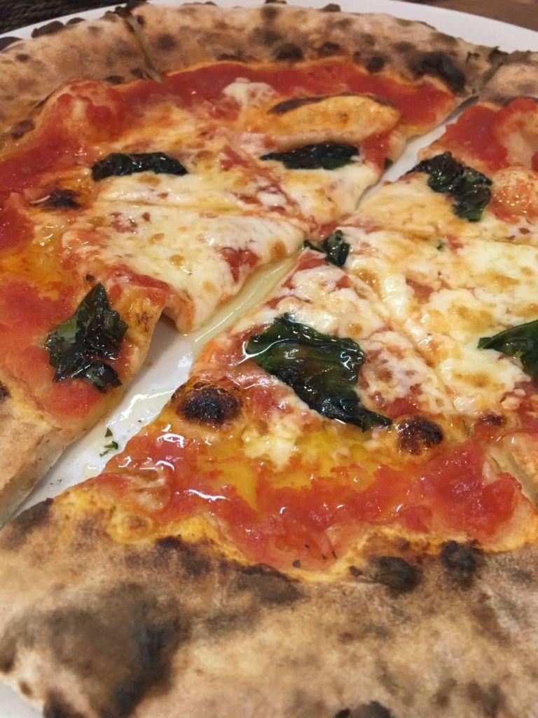 え!?こんな田舎で本格イタリアン!?自家製石窯の窪川の小さな名店「Pizzeria Lo-co(ピッツェリア ロコ)」