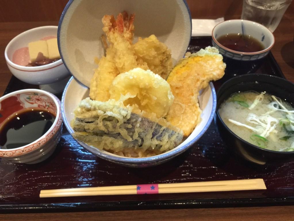 高知市内の天丼専門店「にしかわ」に行ってきた!