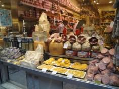 Wunderbare Pasta, Parmesan, Schinken, Salami, Mortadella... hmmmm
