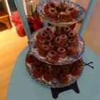 Extra für uns hat die Ladeninhaberin Minigugls gebacken