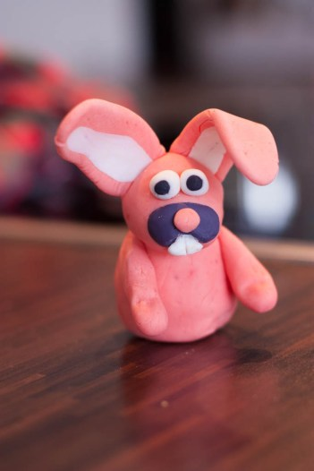 Meister Lampe in rosa... mit Lebensmittelfarben sind eurer Fantasie keine Grenzen gesetzt