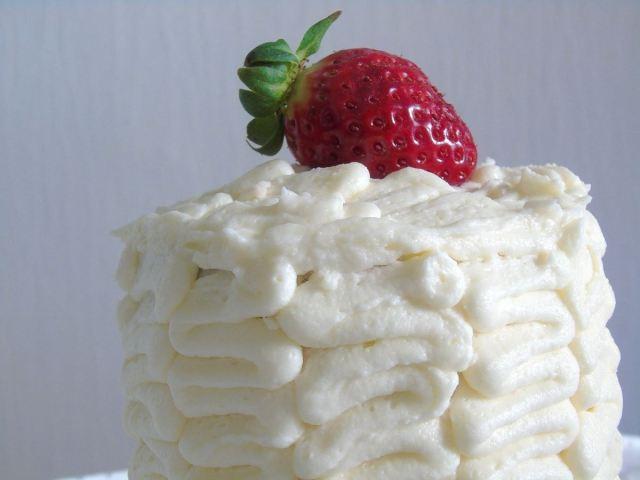 Törtchen-Buttercreme-Erdbeer