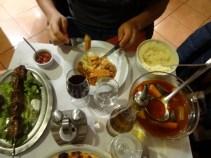 In einem unscheinbaren Restaurant in Montmartre entdeckten wir einen herzhaften Eintopf mit Couscous und...