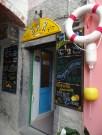 Auf der Wanderung durch Cinque Terre entdeckten wir die Bar al Gabbiano, wo es...