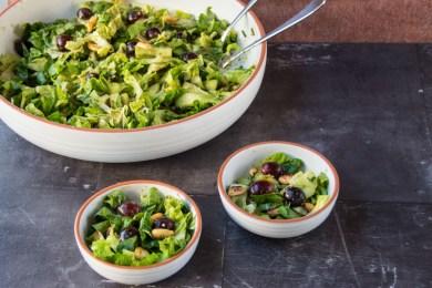 Römer-Salat mit Trauben und Erdnüssen 4