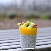 Chia-Pudding mit Mangopüree