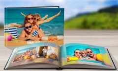 family-holiday-book1
