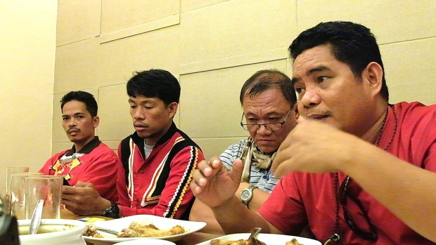 (From left) Belandres, Maca, Tariman and Apas at the Sept. 15 briefing with journalists and bloggers in a Makati City restaurant.