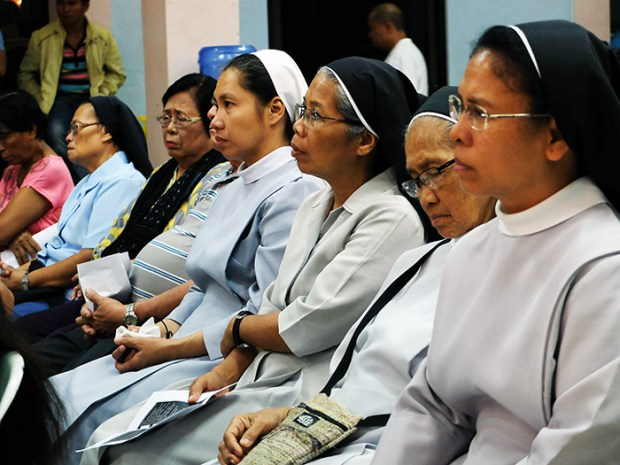 The nuns from different congregations expressing their solidarity to the Lumad.