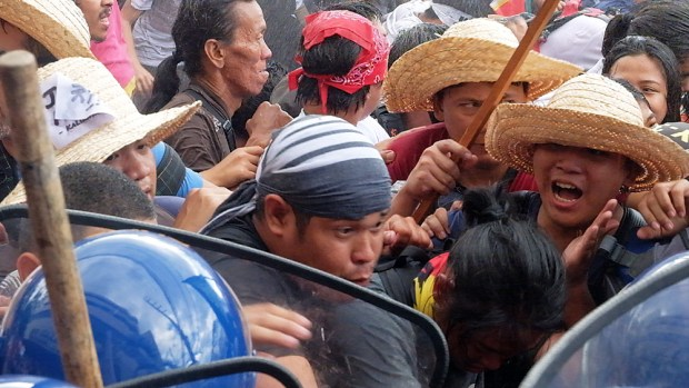 Activists lend their strength to their front-liners as they weather another push from the police.