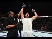 UFC Glendale: Entrevista no octógono com Antônio Cara de Sapato