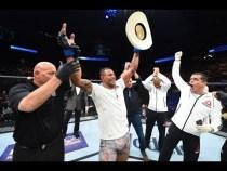 """UFC Glendale: Entrevista no octógono com Alex """"Cowboy"""" Oliveira"""