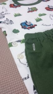 2017ユニクロトーマスパジャマ