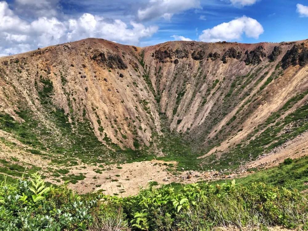 磐梯吾妻の火山口
