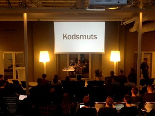 Me with slide of Kodsmuts at DrupalCamp
