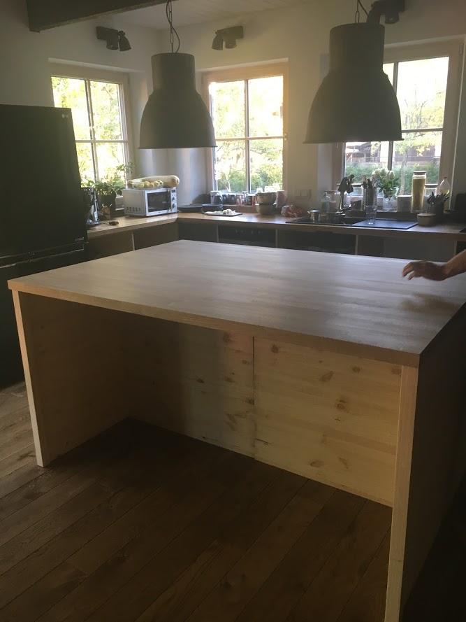 köögisaare ehitamine