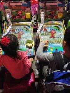 寧夏夜市のゲーム屋台