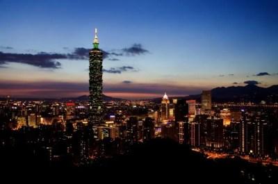 2018年は北側!台北101花火の読むべき記事とおすすめスポット