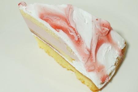 ガレット生地がおいしいベリーのレアチーズ