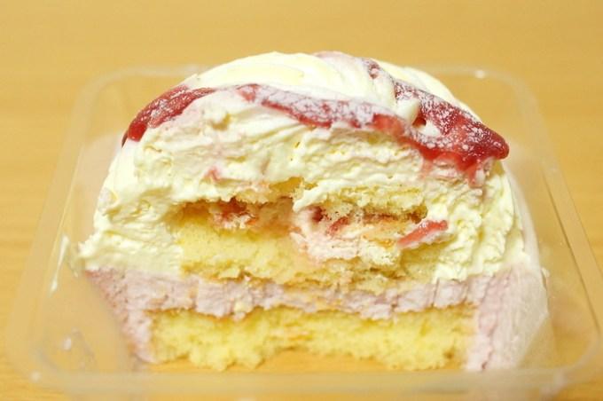 苺のホワイトティラミス