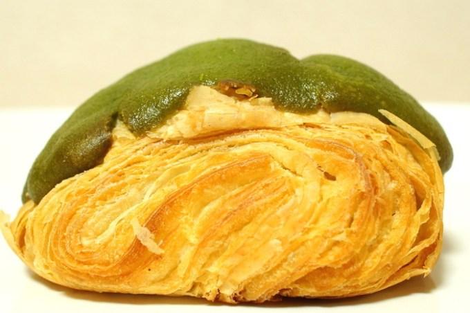 宇治抹茶のパン・オ・ショコラ