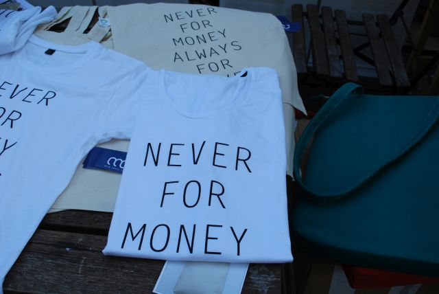 Never for money allways for love!