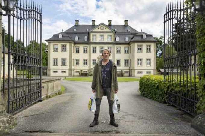 """Happy Burnout"" Riva Film André Erkau - Regie Ngo The Chau - Kamera Fussel (Wotan Wilke Möhring)"
