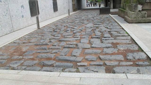 Alte römische Hafenstraße