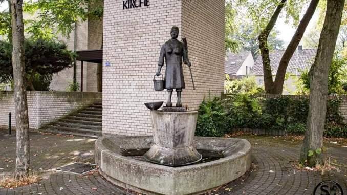 Schnüsse-Tring-Brunnen in Ossendorf