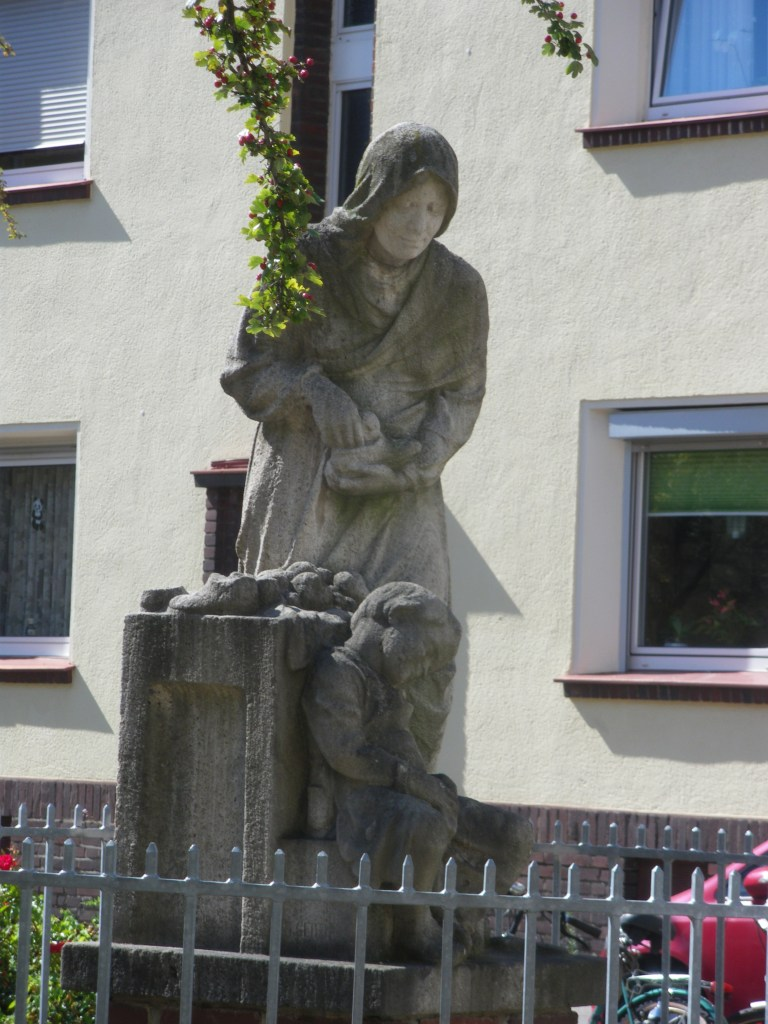 Der schöne Barbarabrunnen in Ehrenfeld