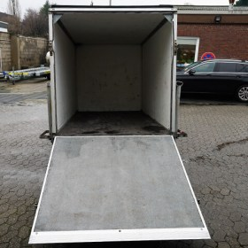 Anhänger-Koffer-Innen