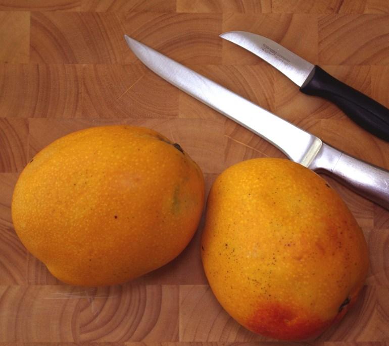 Mango und Messer
