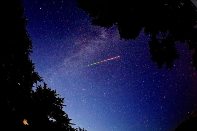 星空と流れ星