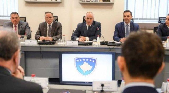 Kryeministri Haradinaj priti në takim delegacionin e Bordit të Drejtorëve të BERZh-it