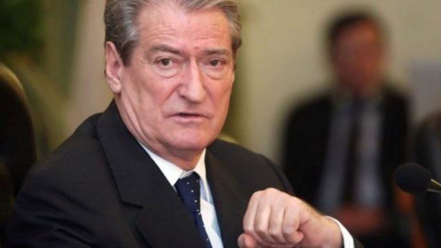 Berisha: Vendimi për Tahirin, goditje e rëndë për negociatat