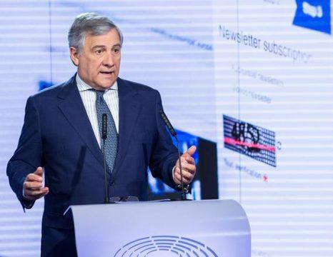 Hapet loja me kufijtë. Tajani: Kemi toka në Kroaci e Slloveni