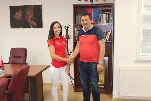 Kryetari i Komunës së Sarajit z. Blerim Bexheti priti në takim atleten Drita Islami me qëllim që ti uroj për rezulltatet e arritura ne nivel Europian