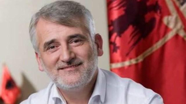 Menduh Thaçi uron Kurban Bajramin
