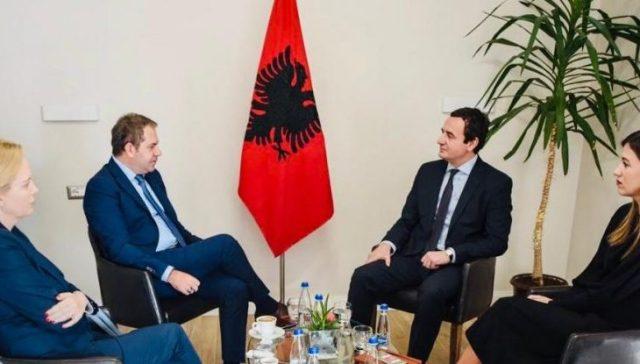 Idrizi takohet me Albin Kurtin: Vota e qytetarëve të Kosovës solli një risi në politikë