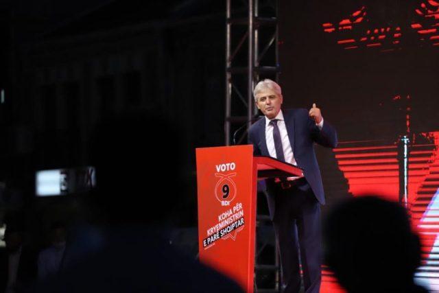 Ahmeti: Të mos trembet askush nga kryeministri i parë shqiptarë në RMV, ne marrim hisen tonë