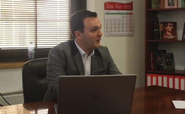 Ndihma nuk do t'i mungojë sportit shqiptarë, intervistë me zv.drejtorin e ARS-së, Avni Rustemi