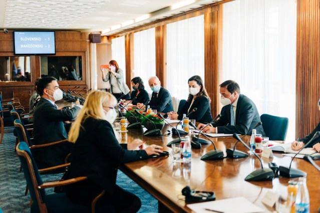Dimitrov në takime në Parlamentin Slloven