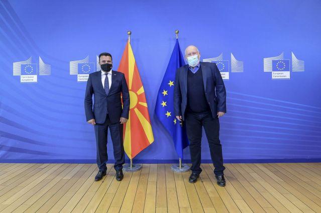 Zaev me nënkryetarin e KE, Timermans: Mbështetje e fuqishme për fillimin e negociatave dhe urime për Maqedoninë e Veriut
