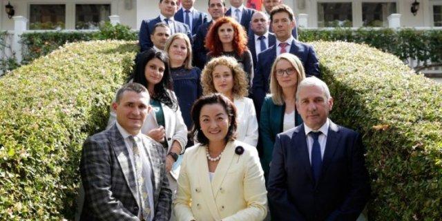 Kim takim me SPAK dhe FBI-shqiptare, mesazh të fortë politikës: Ata që dëmtuan shqiptarët do ndëshkohen!