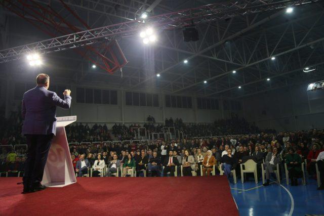 Azizi: Faleminderit Tetova e Xhafer Sulejmanit, kryetarit të parë të Tetovës. Faleminderit Tetova e Bilall Kasamit