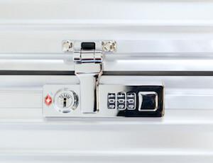 RIMOWA スーツケース フランクフルト空港 クラシックフライト カギ
