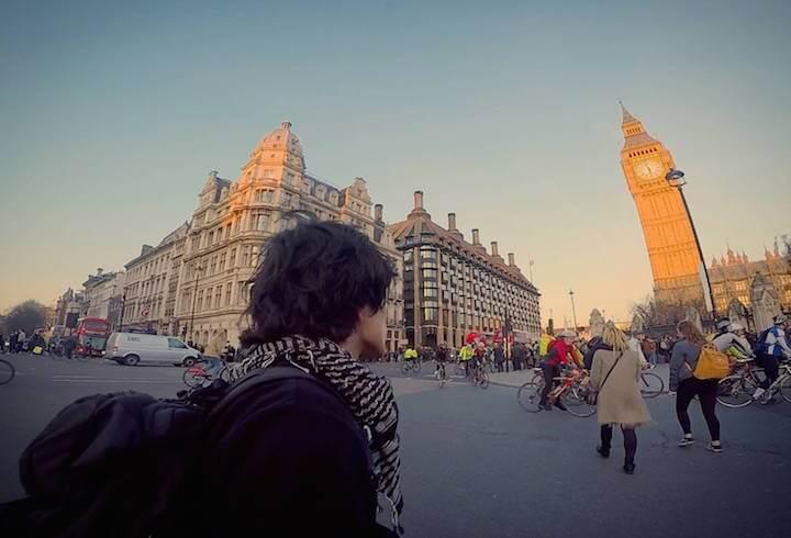 海外旅行 カメラ 持っていく