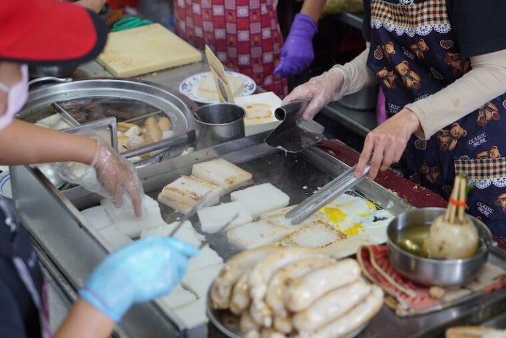 台湾・台中のおすすめB級グルメまとめ 台中第二市場 王家菜頭粿糯米腸